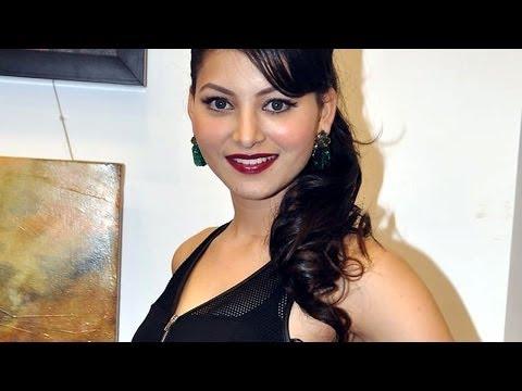 Watch: Hot & Sexy Urvashi Rautel