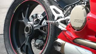 4. Episode 7: Ducati 1199 Panigale Test