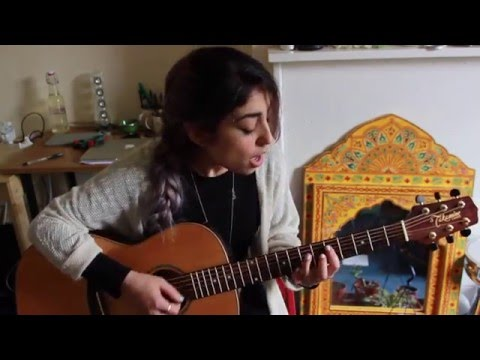 Alice Green - They're Red Hot (Robert Johnson cover) (видео)