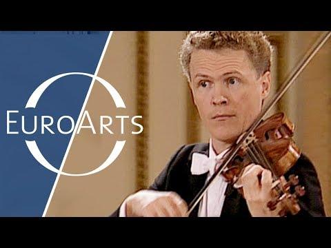 Bach: Brandenburg Concerto No. 4 in G major, BWV 1049 (Freiburger Barockorchester) (видео)