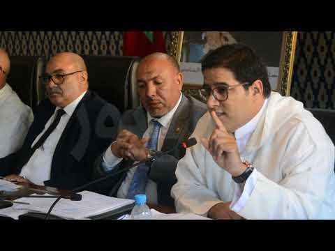 نقاش ساخن على هامش الدورة الاستثنائية للمجلس البلدي للداخلة