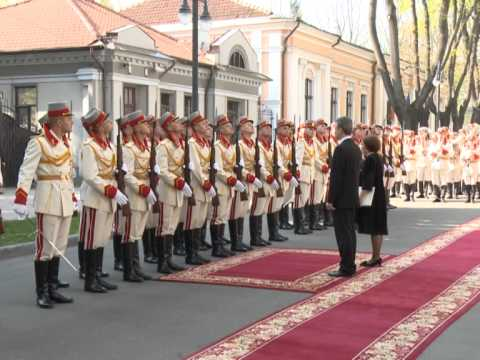 Moldovan president receives accreditation letters of five envoys