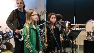 Lotte & Eva Ai Se Eu Te Pego @muziekschool Nieuwerkerk 19 4 2012