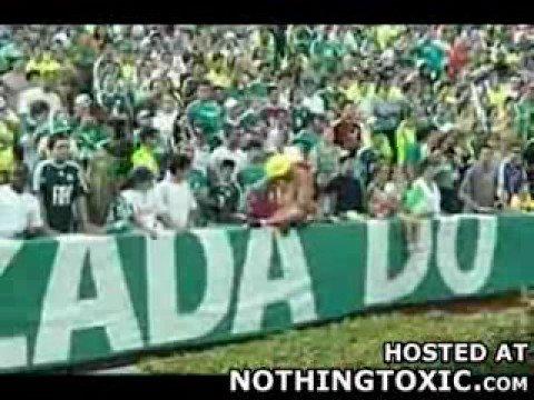 Borracho en partido de fútbol