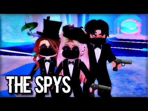 THE SPYS   Roblox Royale High Horror Movie