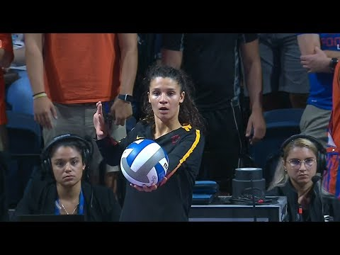 Highlights: No. 7 USC women's volleyball upsets No. 4 Florida on the road