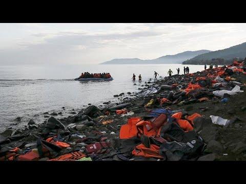 Στην «φάκα» της ΕΛ.ΑΣ. ΜΚΟ που ασχολούνταν με πρόσφυγες στη Λέσβο…