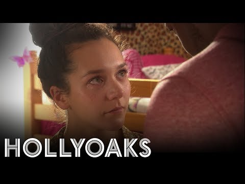 Hollyoaks: Shane Preys On Cleo