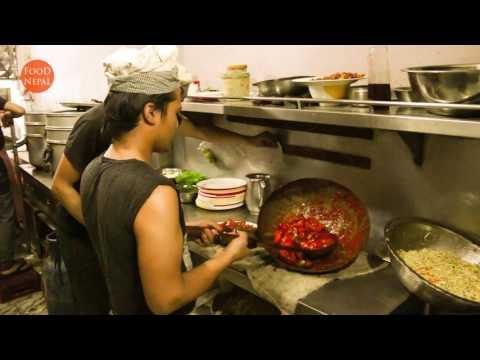 (Nepali Chili Buff MoMo Steam MoMo in Kathmandu ... 3 min, 37 sec)