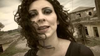 video Sospesa Daria Venuto