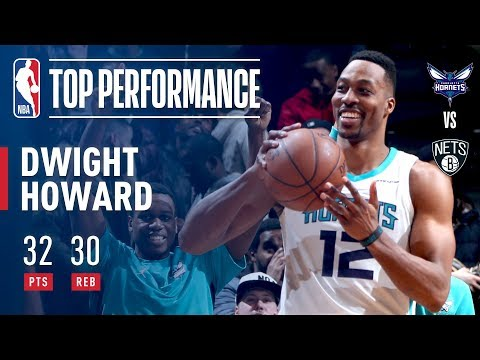Dwight Turns Back The Clock And Goes Full Superman For A 30-30 Performance! (видео)