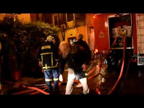 Video - Κάηκε ολοσχερώς τριώροφη μονοκατοικία στο Μαντούκι