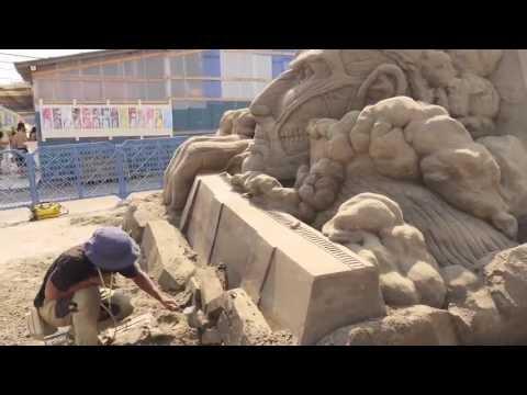 進擊的沙雕巨人,有神快拜!!