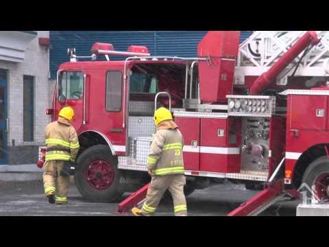 Incendie dans le quartier industriel à Vaudreuil-Dorion