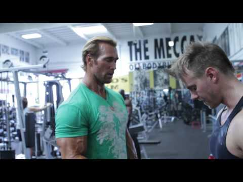 Nice - This month Rob is put through a brutal explosive powerlifting workout at the iconic Gold's Gym in Venice Beach California by none other than Mike O'Hearn. Mi...