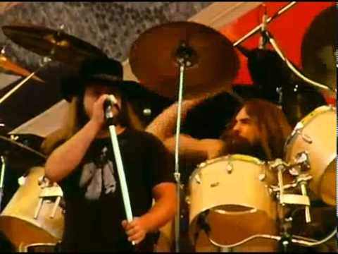 Lynyrd Skynyrd Free Bird live Oakland 1977