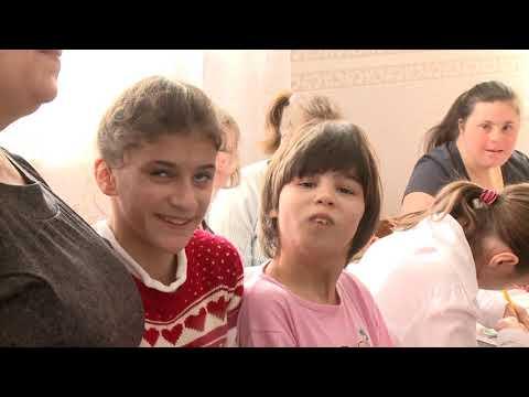 Глава государства посетил Центр временного размещения для детей с ограниченными возможностями