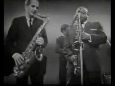Ben Webster & Ronnie Scott - Night In Tunisia (1964) online metal music video by RONNIE SCOTT