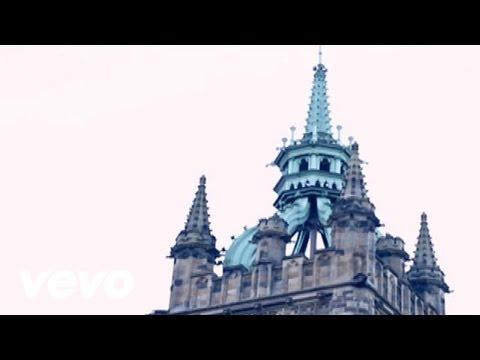 Rihanna - We Found Love (Behind The Scenes, Pt 2) ft. Calvin Harris