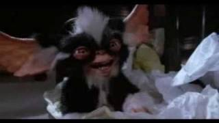 300 Gremlins English Trailer
