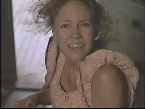"""Best Tornado Scene Ever from """"Places in the Heart"""" (VHS Rip)"""