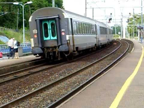 Trains en gare de Langon (33),  Langon station