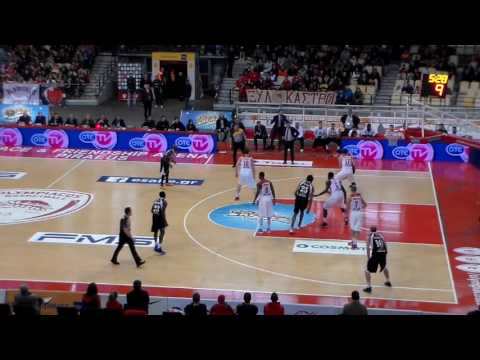 Olympiakos-Apollon Patra 83-62 (No10 black, 11pts, 3/5 threes)