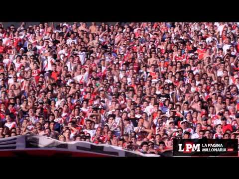 """Video - Emocionante: """"Y al jugador, que deje la vida por esos colores"""" - Los Borrachos del Tablón - River Plate - Argentina"""