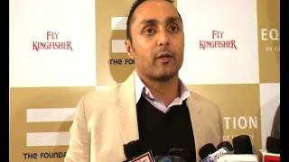 Rahul Bose Auctions India's 2011 World Cup Memorabilia
