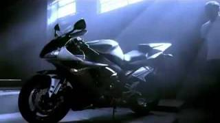 10. Superbike Yamaha YZF R1 Commercial Dream