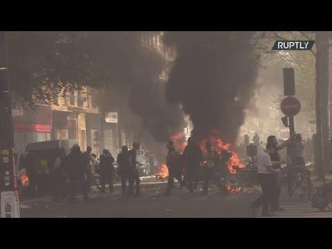 """Γαλλία: Σοβαρά επεισόδια ανάμεσα στην αστυνομία και τα """"Κίτρινα γιλέκα"""", τραυματίστηκε διαδηλωτής"""