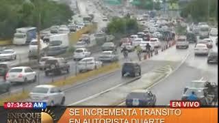 Se incrementa tránsito en la autopista Duarte