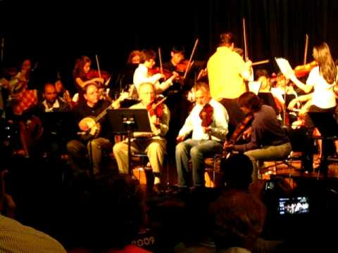 Traonach plays reels with DeWitt Middle School Orchestra