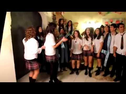 Liseli Kızlar Mezuniyet Partisinde !!