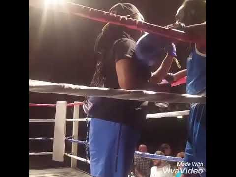 Andre Hall boxing highlights in Middleton