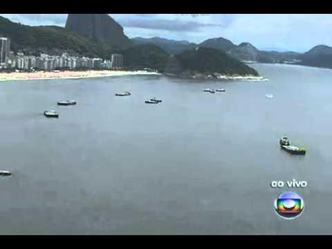 G1   Balsas com fogos para o réveillon chegam a Copacabana   notícias em Virada de ano 2010 2011