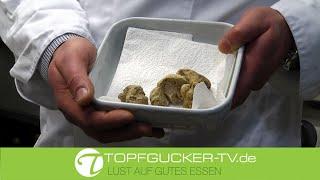 Tagliolini mit weißem Trüffel (Alba) in Grana Padano serviert | Gastgeber Empfehlung