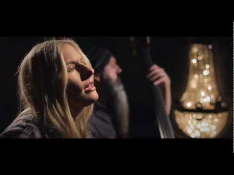 Holly Williams - Drinkin' Official Video