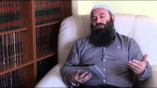 A duhet të lavdrojmë një që lexon Kuran bukur - Hoxhë Bekir Halimi