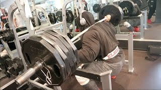 LEG DAY WITH BIG RAMY! Video