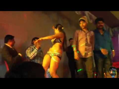 Video Sexy Nude Girl Dancing In Stage ! Bhojpuri Song ! Arkestra dance .. download in MP3, 3GP, MP4, WEBM, AVI, FLV January 2017
