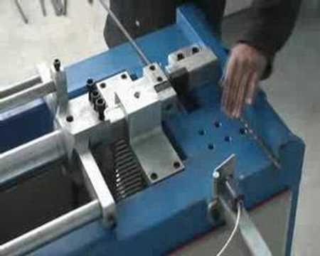 ferforje makinası - www.cengizler.net Otomatik Cumba ve Kesim Makinası Ürün Özellikleri Motor : 4 Kw Bu makinemizin 2 versiyonu vardır. Birisi max. 20x10 mm'ye kadar kesim,diğer...