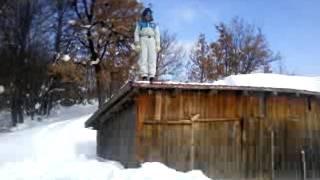 Salto u snijeg 01 by Amir