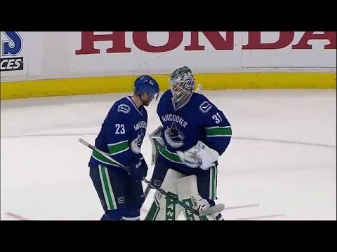 Video: Postgame Recap: Flames vs Canucks - Game 2