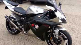 1. 2002 Yamaha YZF R1 Walk Round Carbon Can