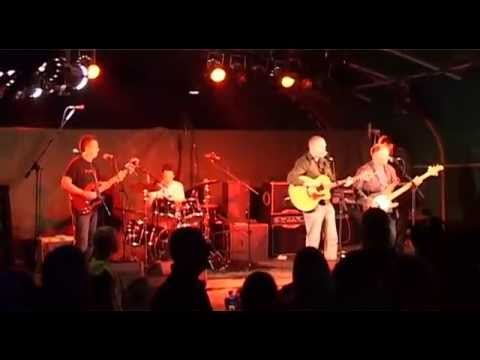 Denny Lloyd Band performing 'What Am I Doing' Live at Farmer Phil Fest