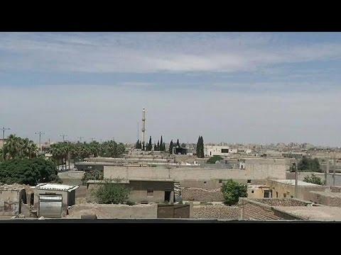 Συρία: Συνεχίζονται με αμείωτη ένταση οι μάχες στη Ράκκα