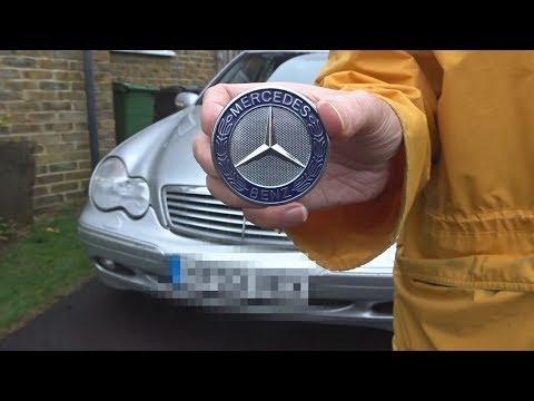 Mercedes swap star bonnet emblem for flat badge - C class W203