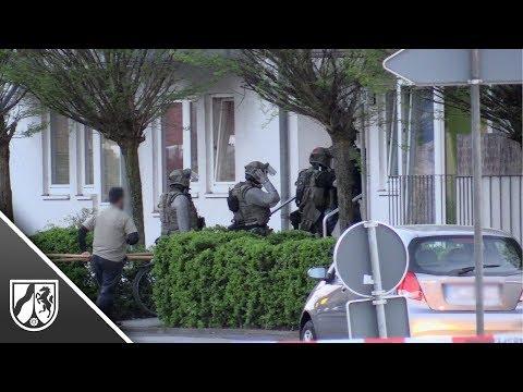 Schüsse in Langenfeld: Mann stirbt nach SEK-Einsatz