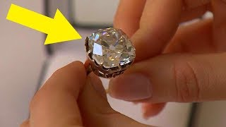Video Woman Wears $13 Ring For 30 Years, Looks Again And Realizes She's A Millionaire MP3, 3GP, MP4, WEBM, AVI, FLV Juni 2019